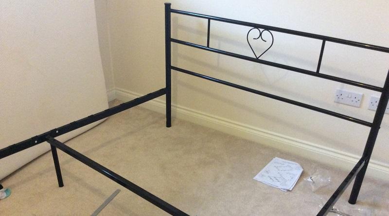 assembling bed