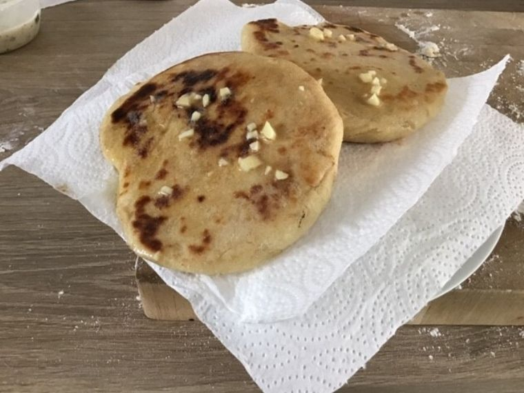 Easy Naan Bread Recipe No Yeast No Yogurt Very Few Ingredients Needed