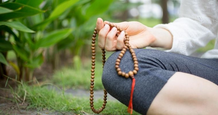 Using Mala Prayer Beads for Healing and Wellness